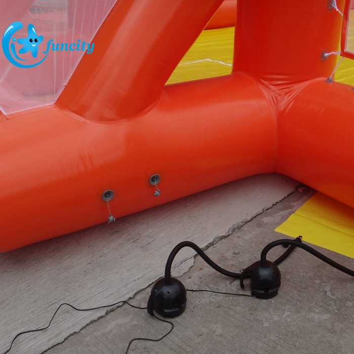 0.6mm PVC Tarpaulin Portable Inflatable Football Field,Inflatable Soap Soccer Field,Inflatable Football Pitch