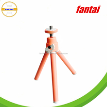Light Weight Colorful Tripod Light Stand With DSLR Camera And Phone