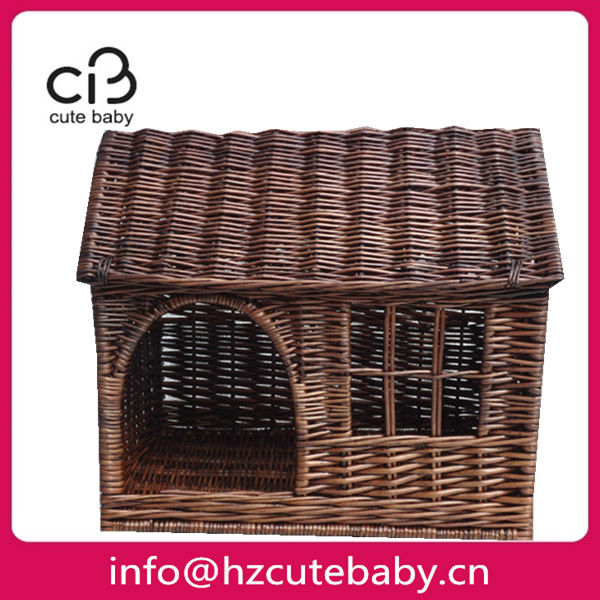 rattan pet house with roof