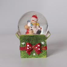 Resin Christmas Snowman Snow Globe/Snow Ball with giftbox Base for Christmas Decoration