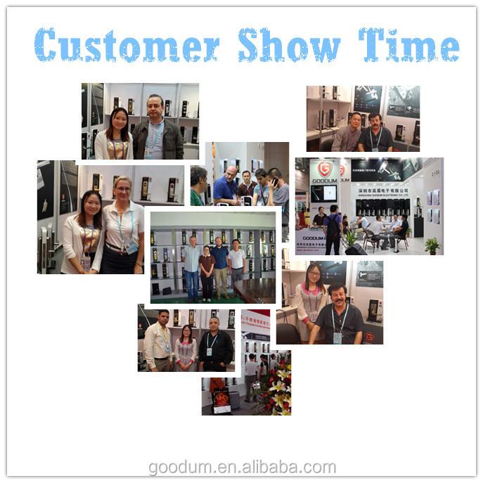 Customer show time