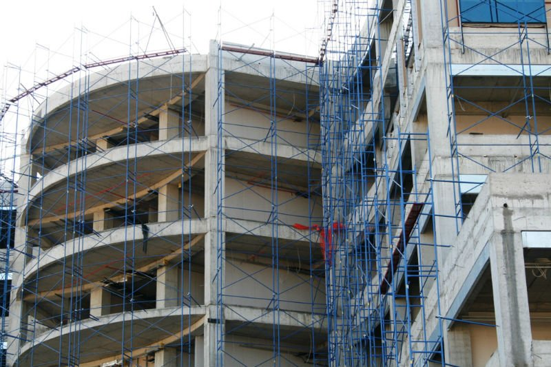 MAKRO Working Scaffold Facade