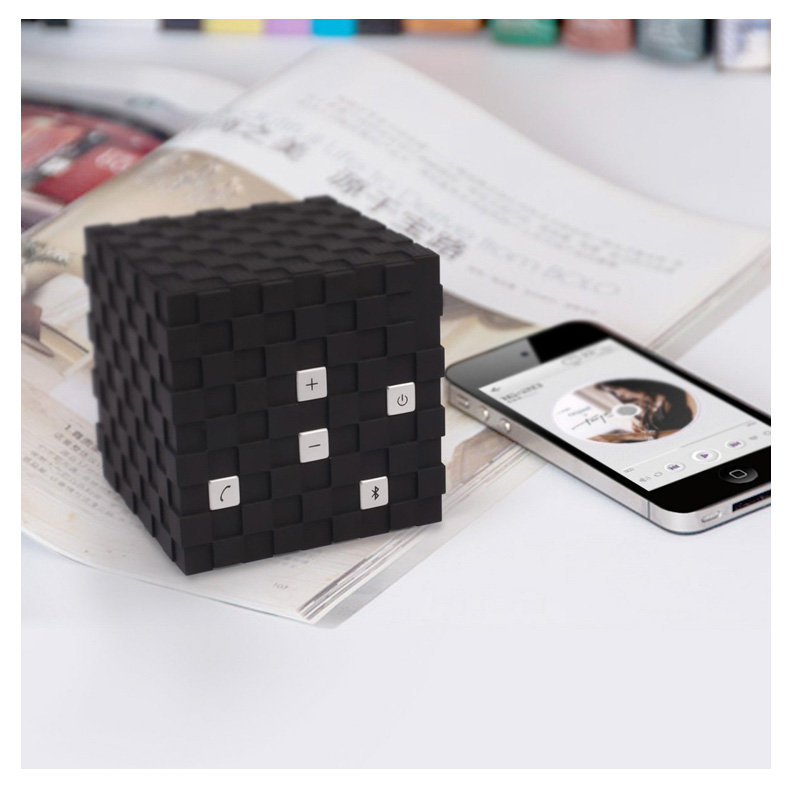 Rubik's cube bluetooth <strong>speaker</strong>