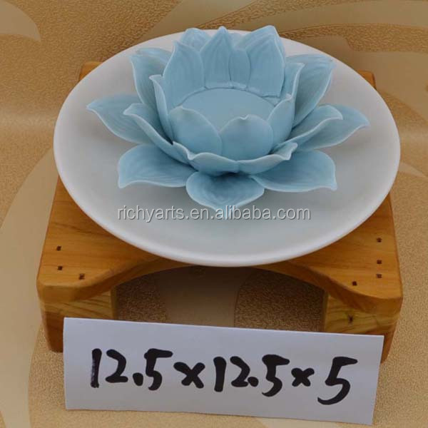 wholesale ceramic candle holder with flower design for Valentine's Day & Wedding