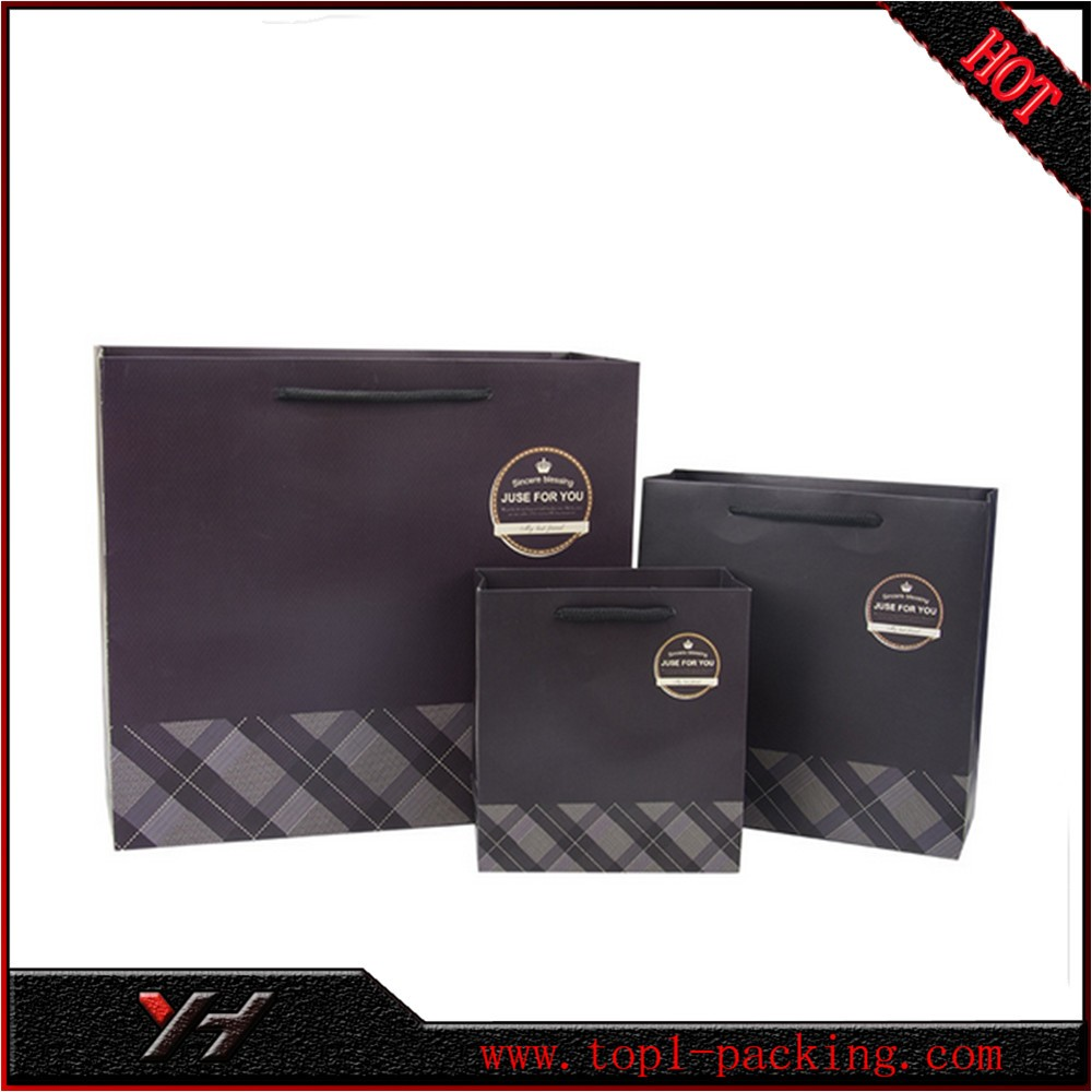 With edge and bottom card full color black paper printing wet strength paper bag