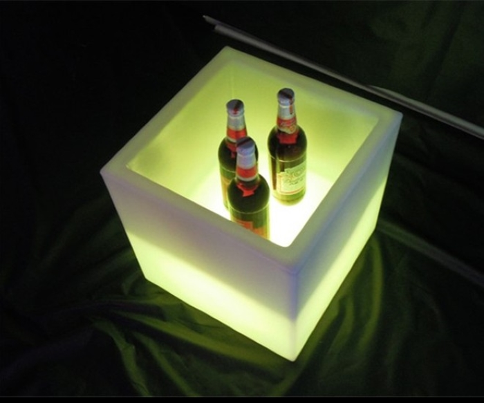 Remote Control 16 colors changing <strong>LED</strong> Cuboid ice bucket for night club bar KTV used