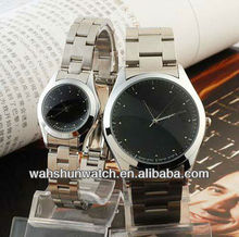 2017 Fashion Couple Tables Japan Movt Quartz Alloy Case Automatic Watch