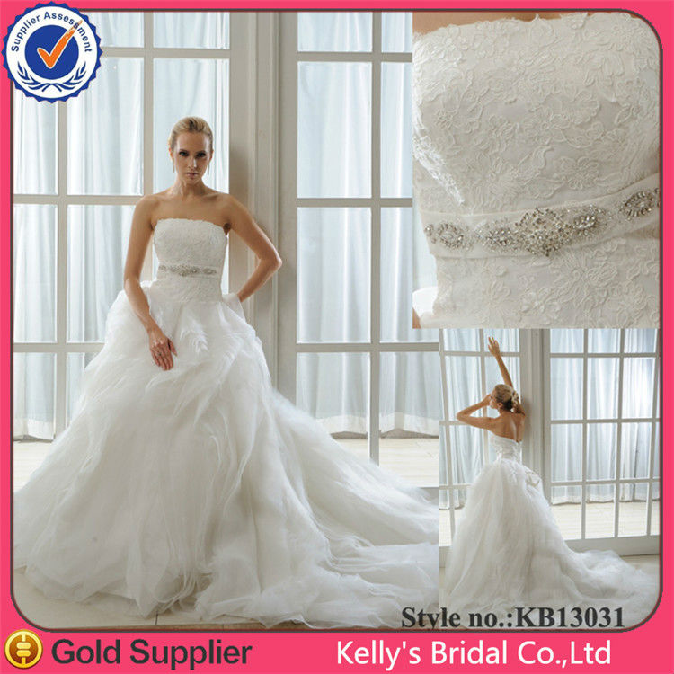 New arrival hot sales design in China market Bateau neckline wedding dresses in turkey with a long train