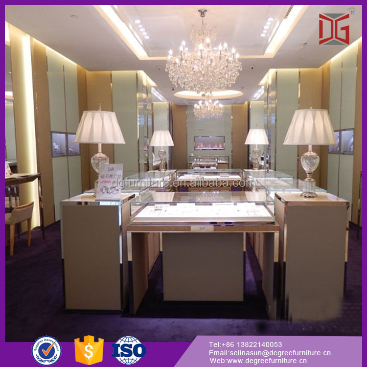 Customized Jewellery Lighted Tower Show Case Display Glass