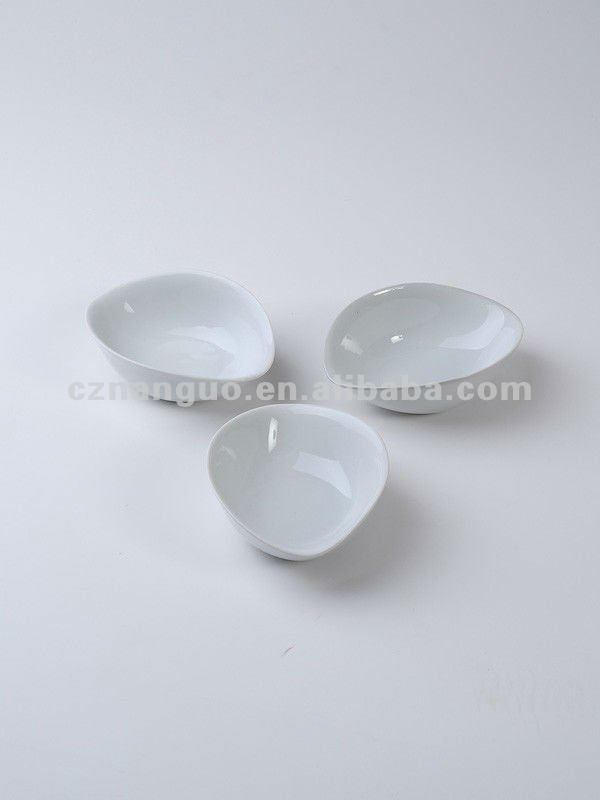 porcelain snack dish mini dish divided mini plate
