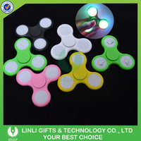 China Most Cheapest Hand Toy Fidget Spinner, Drop Resistant POM Material Fidget Hand Spinner