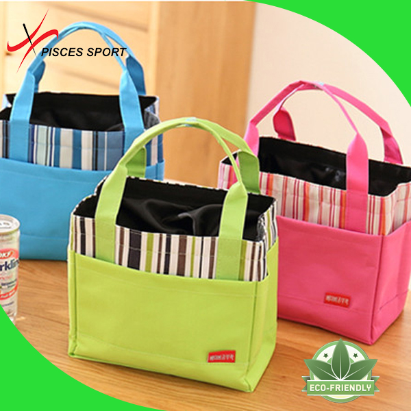 Drawstring insulated cool bag