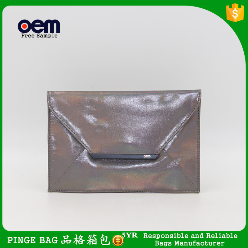 Yiwu Cheap Wholesale Shiny Faux Leather Envolope Clutch Bag Cosmetic Makeup Bag Evening Bag