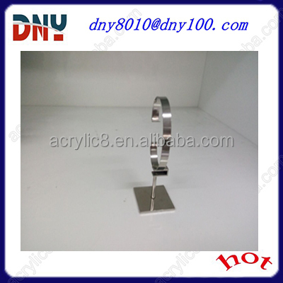 special material metal C ring watch stand
