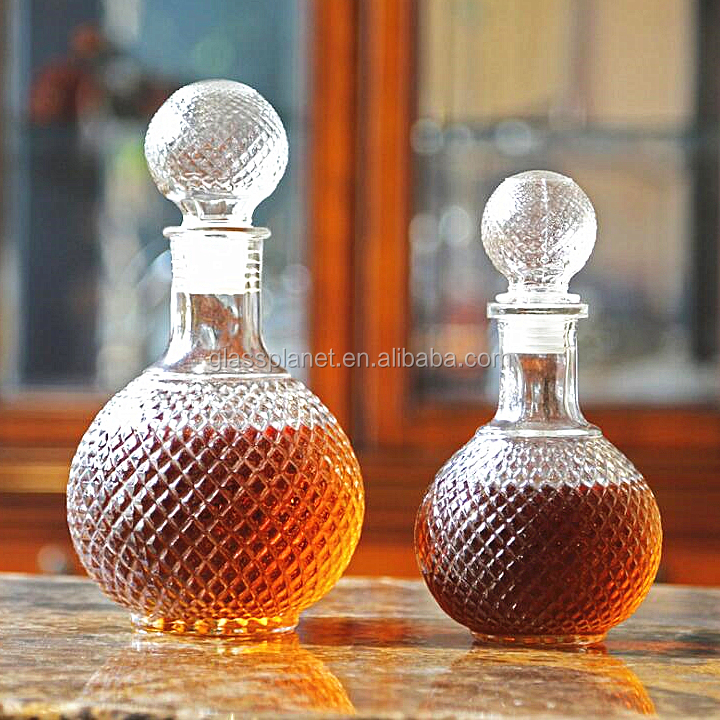 Non-leaded Crystal Whiskey Decanter With Glass Stopper