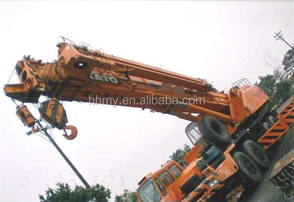 best price with used 100tons KATO NK1000 truck crane fob for sale