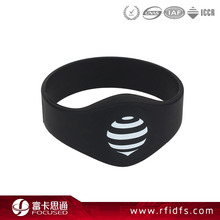 Popular NFC Chip 13.56Mhz Rfid Bracelet Price For Playground