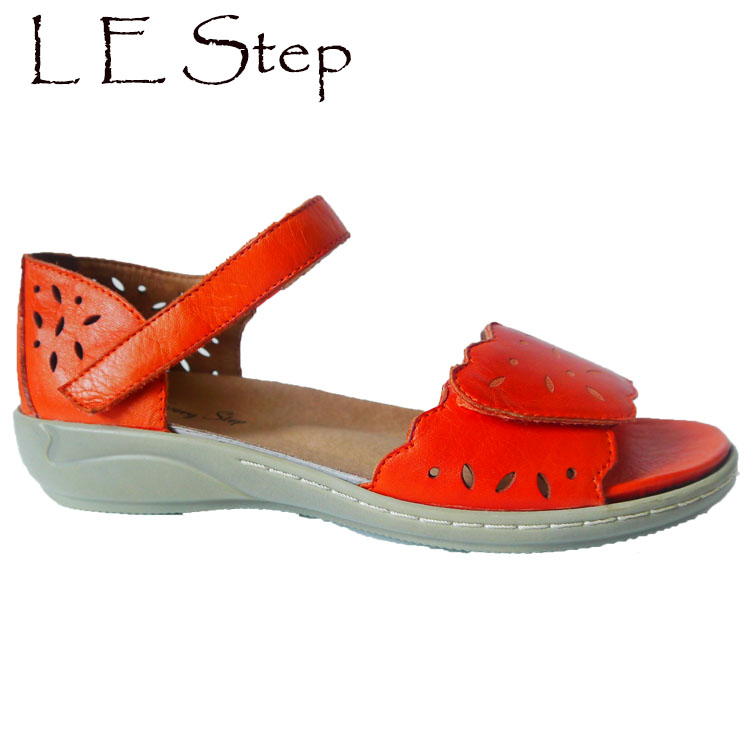 2017 Summer US Design Genuine Soft Leather Leaf Laser Cutout Flat Sole Comfort <strong>sandals</strong> for women and ladies