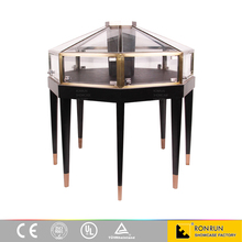 2016 newest stainless steel Pyramid shape Luxury Bronze jewelry Counter 1100*1100*1100mm