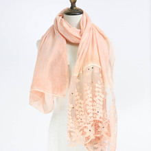 2017 Fashion plain cotton lace scarf shawls muslim Long hijabs spring scarves