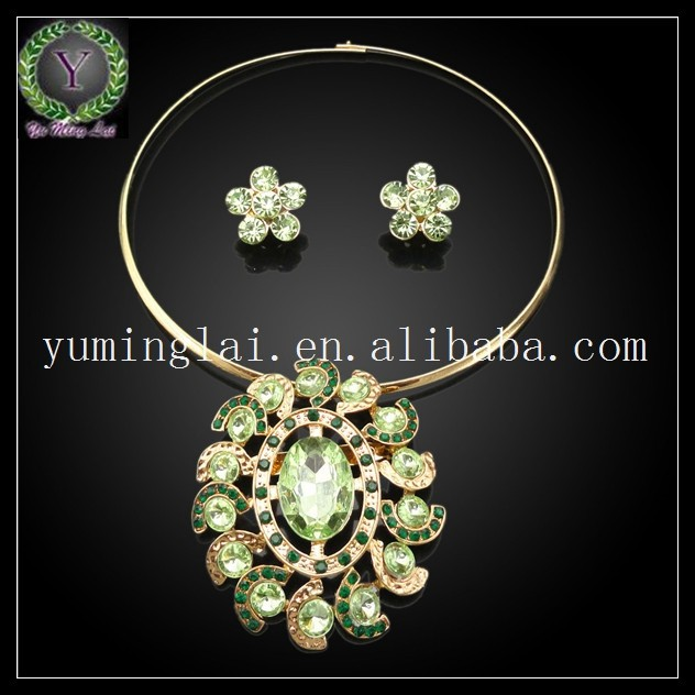 18k gold plated costume jewellery necklace made with Middle East