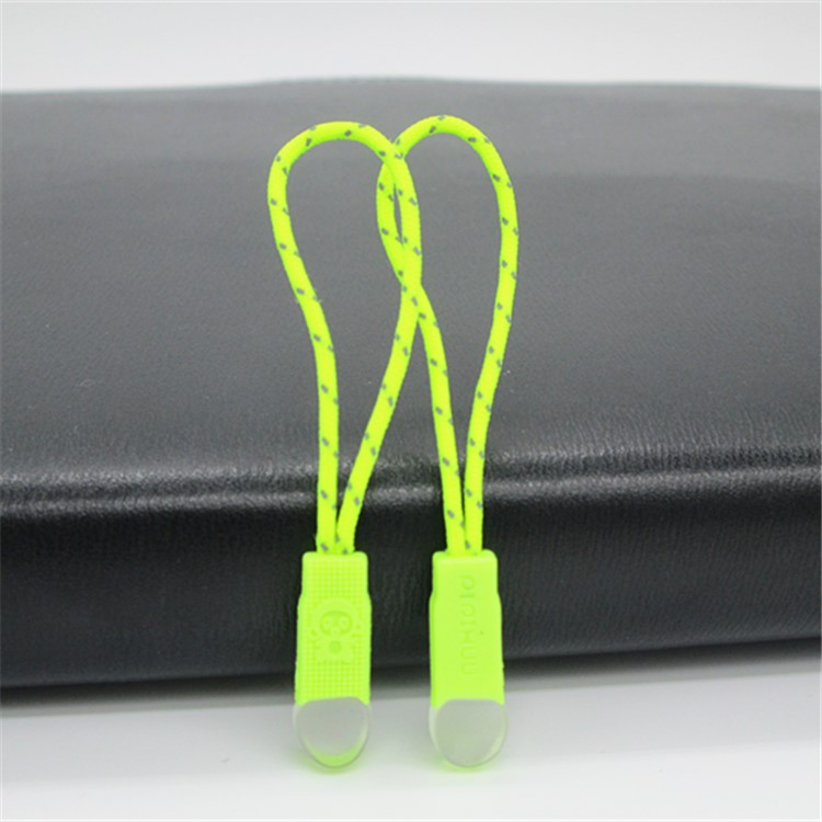 Free Sample two-way fashion engraved 3# zipper slider rubber zipper puller