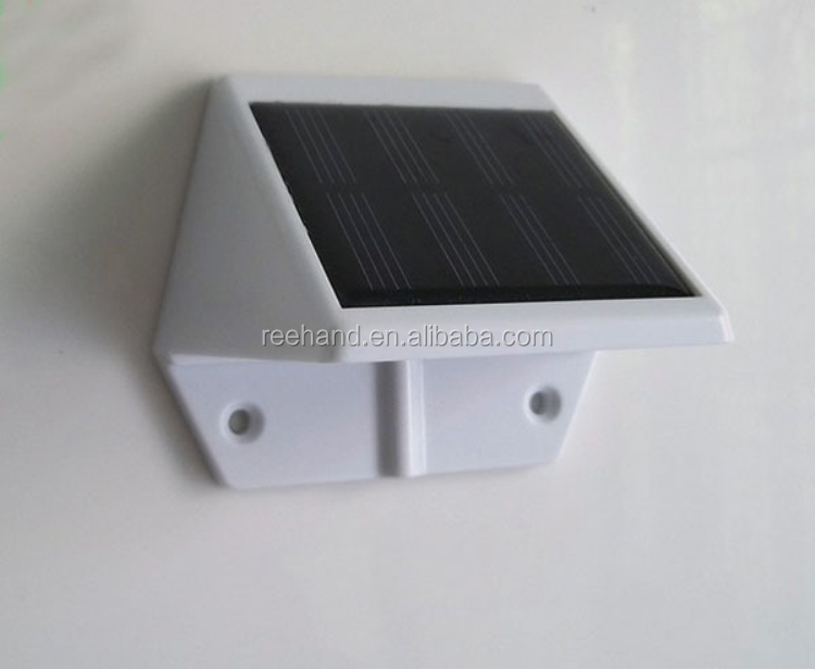 China Alibaba Wholesale Solar Led Light Outdoor Solar Garden Light