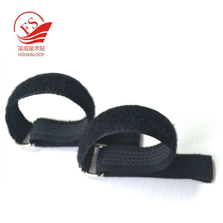 Adjustable releasable non slip lipo battery cable tie strap with rubber backing