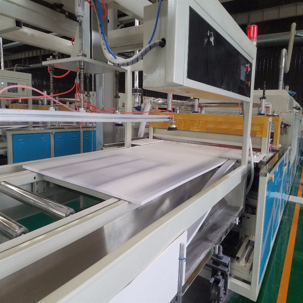 PVC foam board 2mm high density PVC plastic foam board hard extrusion line