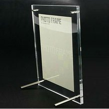 2012 Fashion Tabletop Acrylic Frame with Screws in Hot Sale