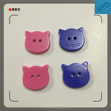 HYD Factory Direct 18mm Cartoon Cat Two Holes Children's Clothing Resin Button To Sample Custom