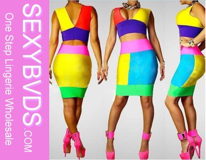 Скачать песню glamorous dresses and colourful blouses
