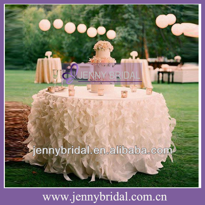 TC017C Hot sale popular Organza ivory and cream table cloth table skirting designs