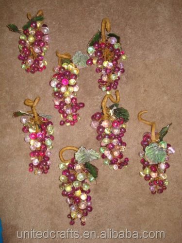 Lot 7 bunches of grapes plastic fruit decor fake for Buy grape vines for crafts