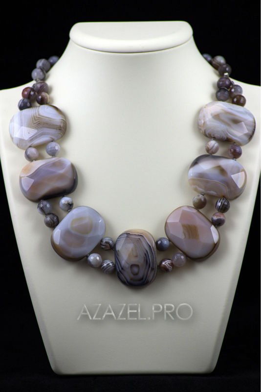 Necklace of natural Brazilian Agate