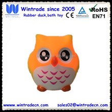 LED floating flashing plastic owl bath toy