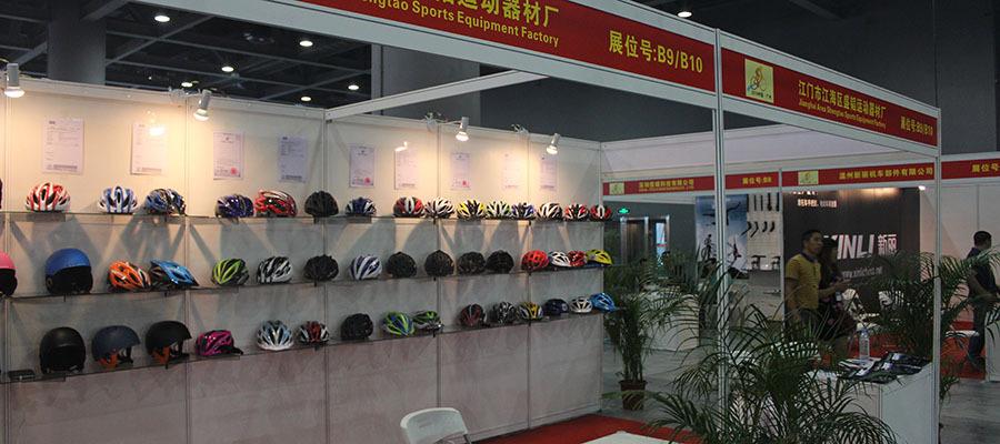 CE aprovado capacete de bicicleta capacete de bicicleta adulto em-molde capacete de ciclismo com viseira
