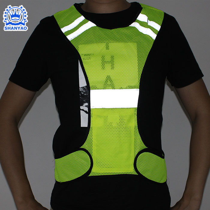 Classic Road <strong>Safety</strong> Warning Reflective <strong>Safety</strong> Vest for <strong>Safety</strong> Cycling Running Transport / Sanitation Worker etc at Night