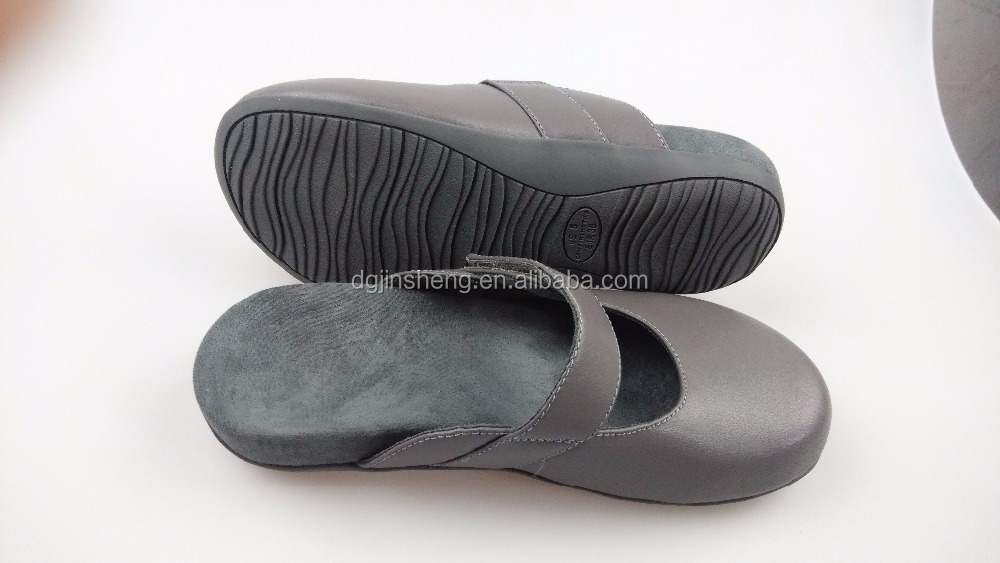 Various Colors Printing Logo beautiful nude mens beach sandal outdoor casual slipper Customized rubber blue flip flops slippers