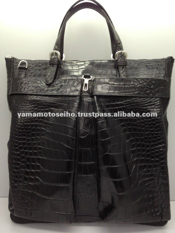 Tote bag using a large precious crocodile leather