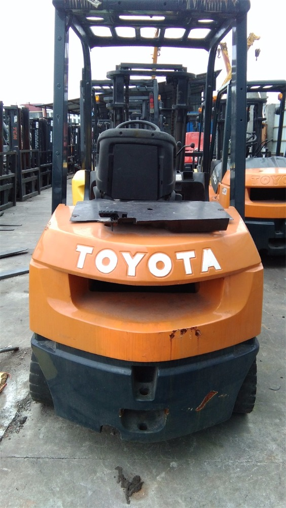 Used Toyota Forklift 3 Ton 7FD30 In UAE , High Quality