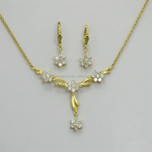Lady fashion & costume dubai 18 carat gold cz jewelry sets
