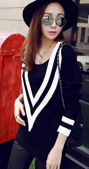 New design women europe classic stripe navy wind V-neck slim fashion trend pullover sweater