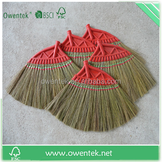 Hot selling model cheap price China wood material broom handles with rope