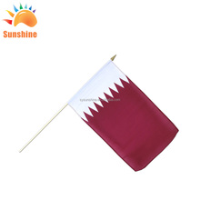 30x40cm knitted fabric mini qatar hand flag From China manufacturer