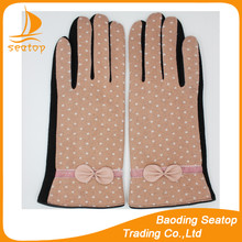 2016 New style girls and women's gloves Beige white fabric and black velvet with pink leather bow