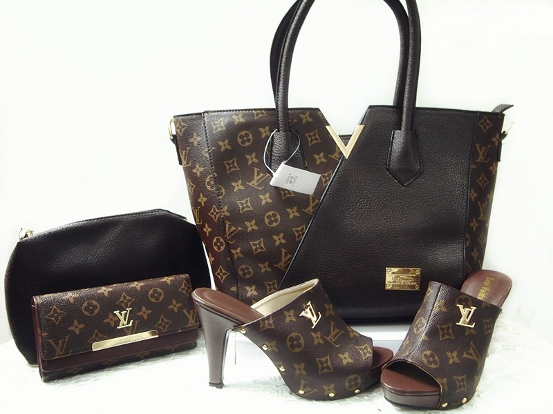 italian lady matching shoes and bag set