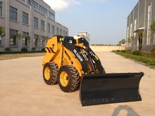 Mattson ML526W WHEEL LOADER mini skid steer loader with 26hp engine Like Bobcat