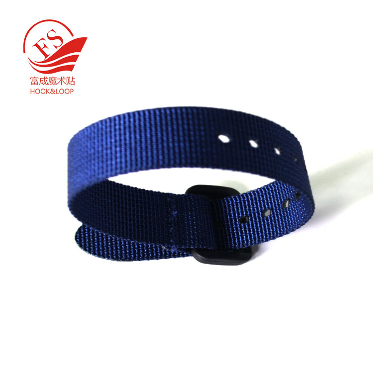 Custom Adjustable  Chip carry Wrist buckle Strap