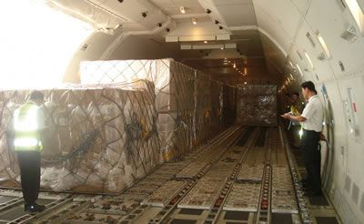 Cheap air freight shipping rate, door to door services from China to Quebec